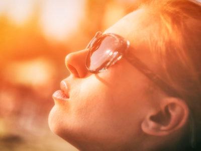 COME SCEGLIERE GLI OCCHIALI DA SOLE?
